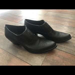 Reba black leather ankle boots